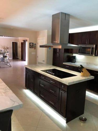 kitchen-remodel-completion 41192430171 o